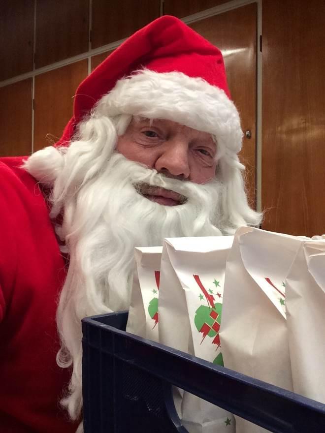Juletræsfest drillenisse blev væk.doc
